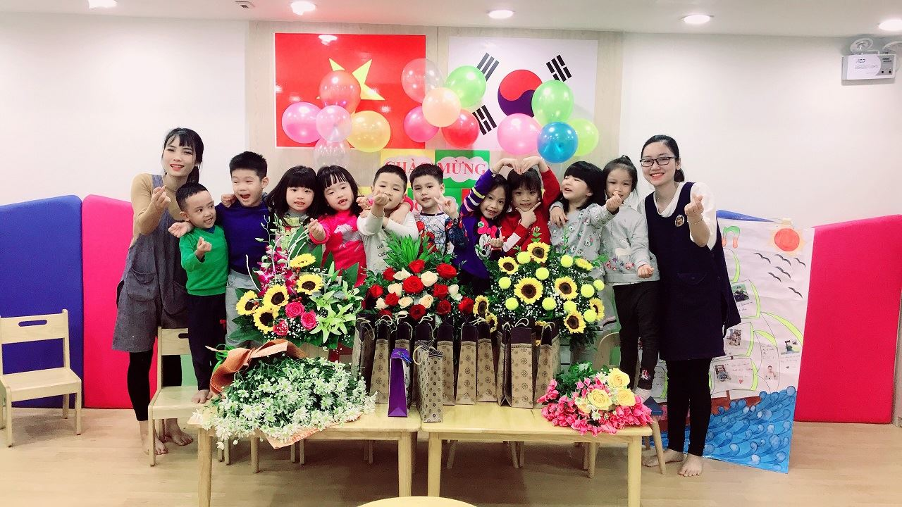 Dongsim Kindergarten rực rỡ sắc hoa ngày 20/11