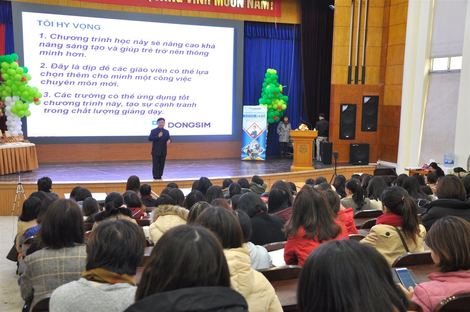 """Nâng tầm giáo dục mầm non Việt Nam:  Nhìn từ """"lăng kính"""" một doanh nhân Hàn Quốc"""