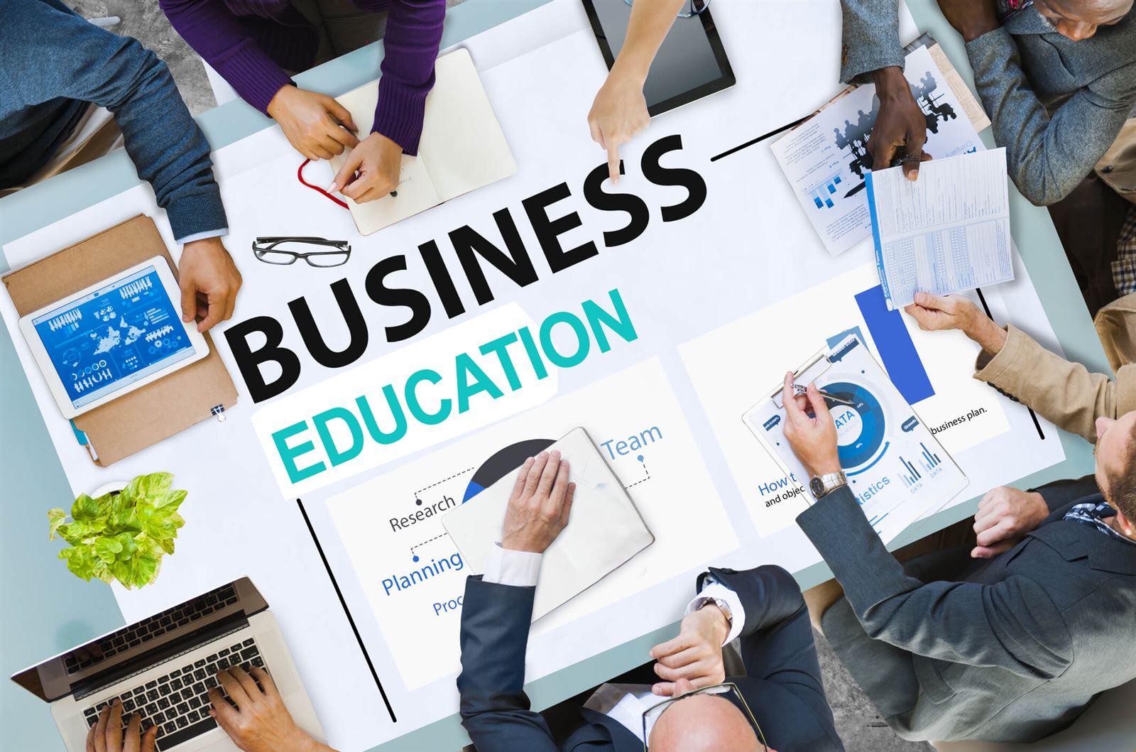 Đúng hay sai khi nhận định giáo dục mầm non là một ngành nghề kinh doanh